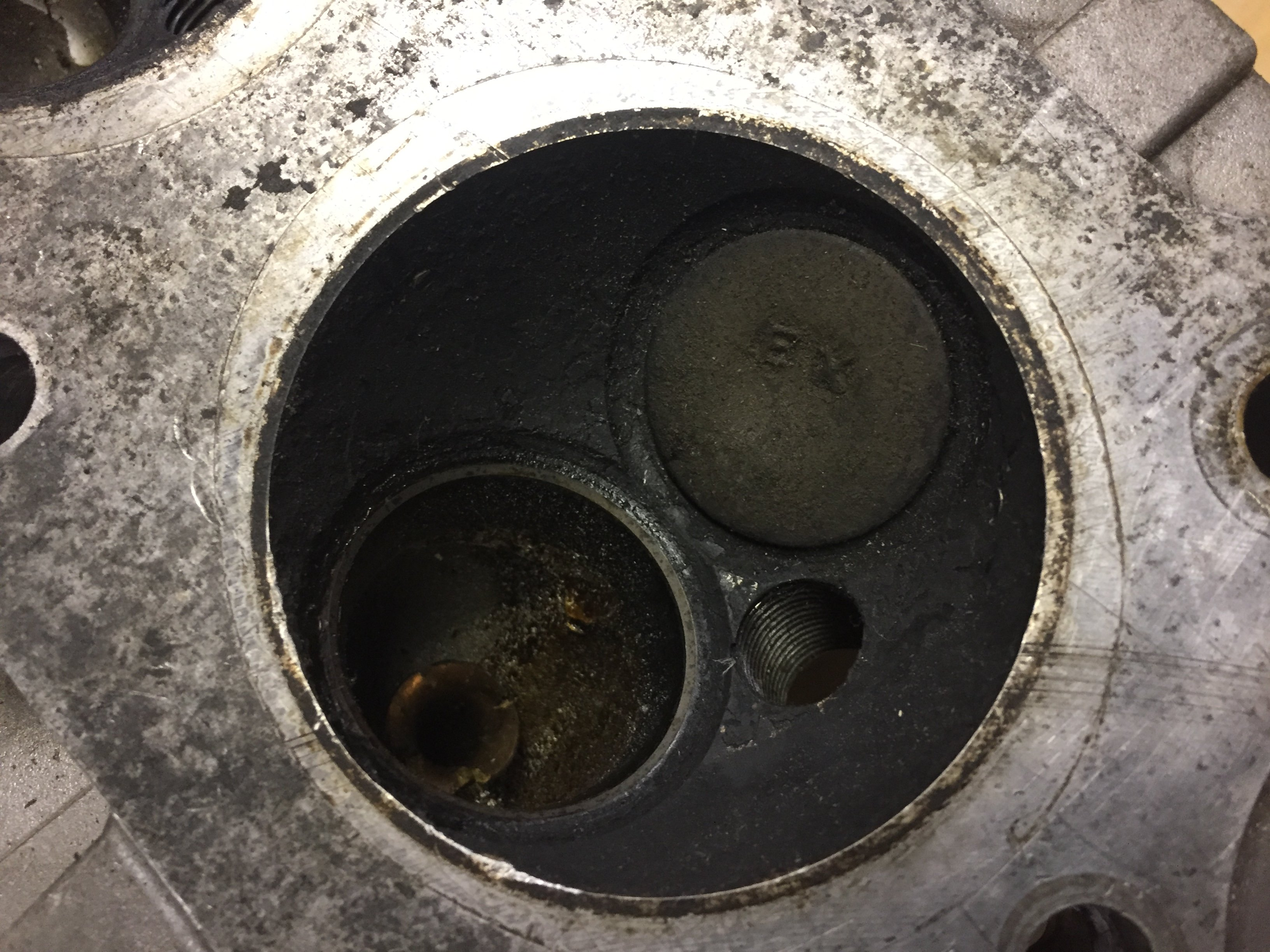 Motorcycle Combustion Chamber
